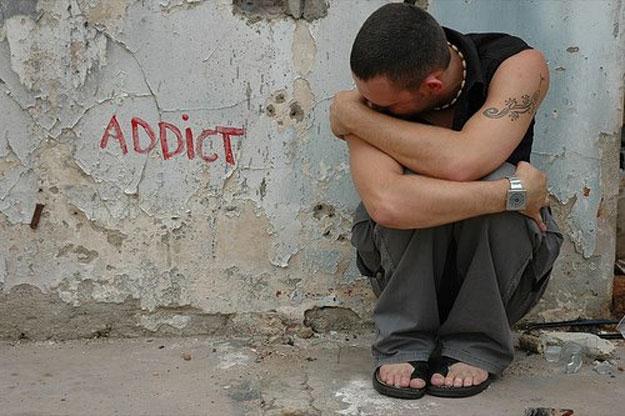 addict-794s990