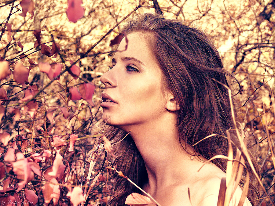PhotoSession_InAutumnLeaves_5_by_RuslanKadiev